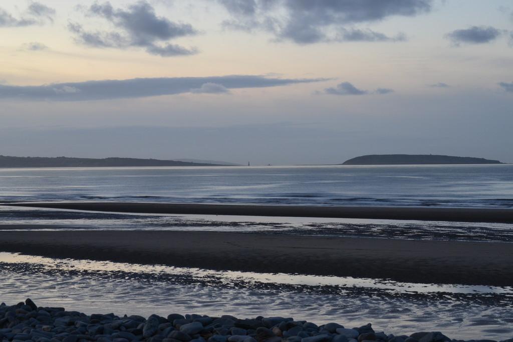 Penmaenmawr Beach by ziggy77