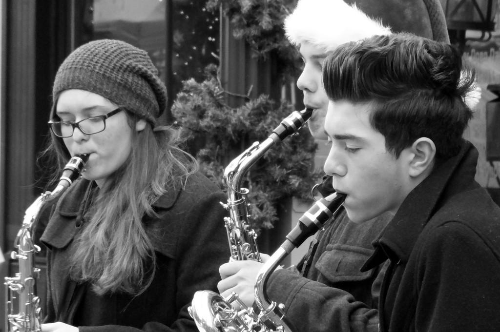 Street Carols by linnypinny