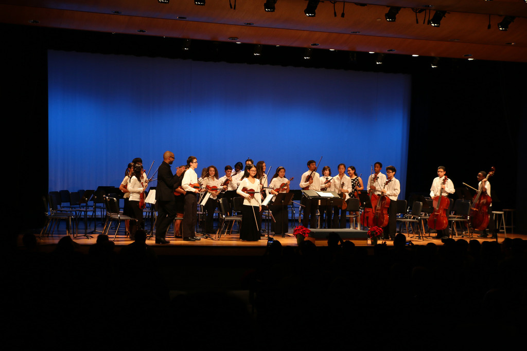 Middle School Orchestra Concert by ingrid01