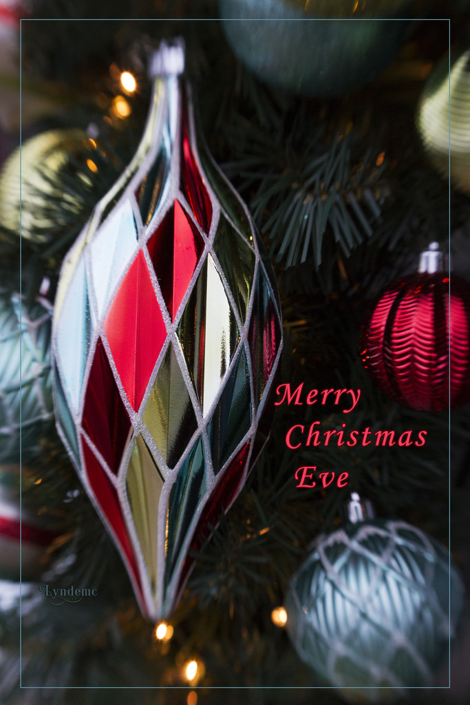 Merry Christmas Eve by lyndemc
