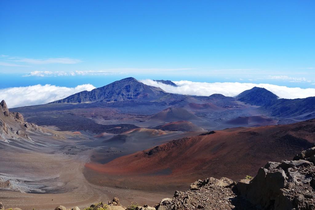 Haleakala crater, Maui, Hawaii by cocobella