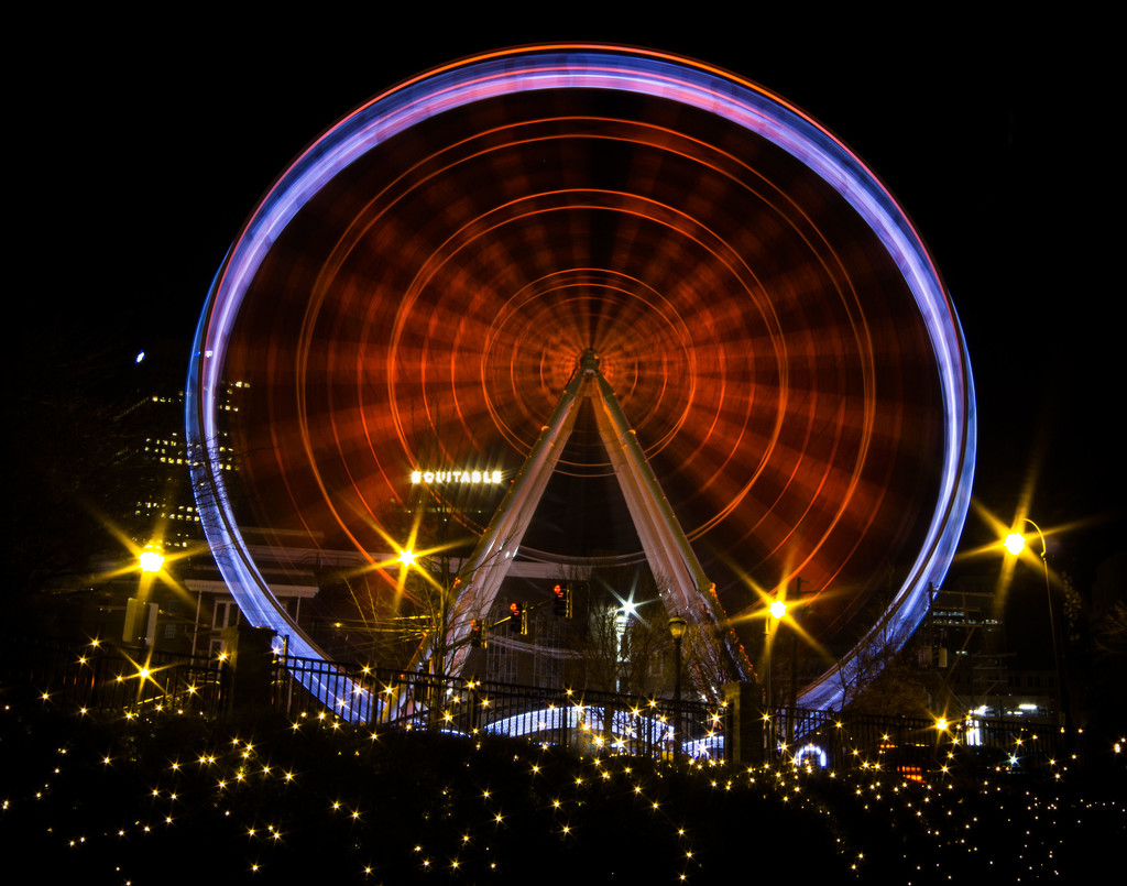 Skywheel from Centennial Park by darylo