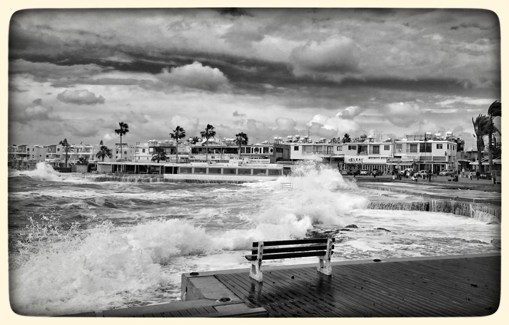 Extreme Waves, Paphos, Cyprus  by carolmw