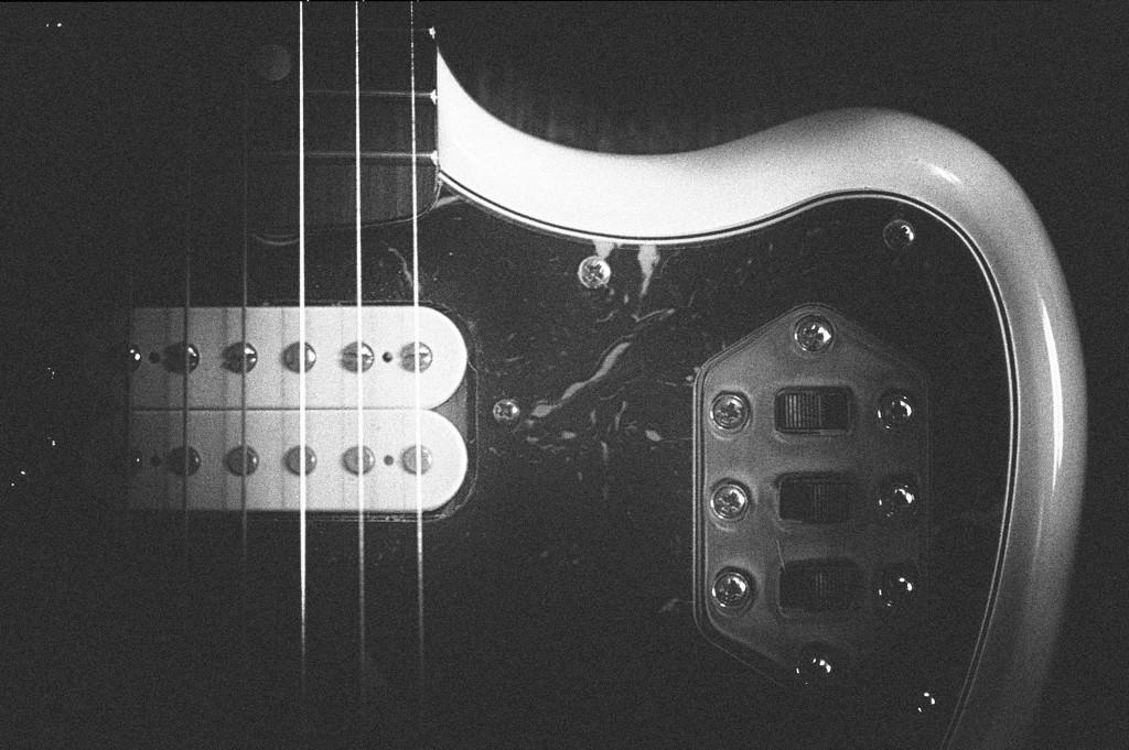 Sam's Guitar ~ 2 by seanoneill