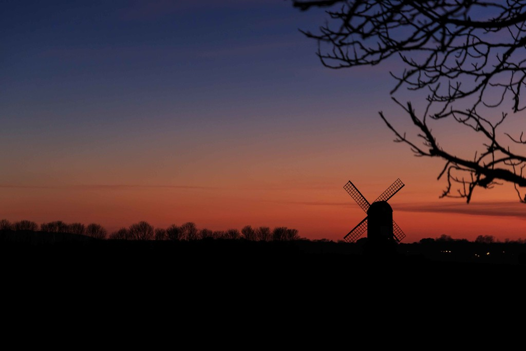 2015 02 08 - Pitstone at Sunset by pixiemac