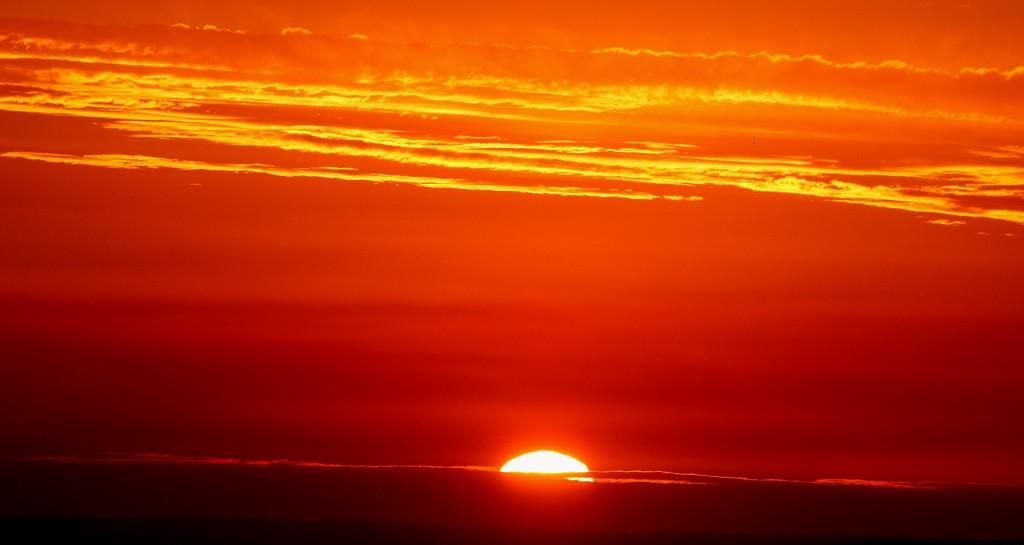 """""""Garfield Sunset""""... by tellefella"""