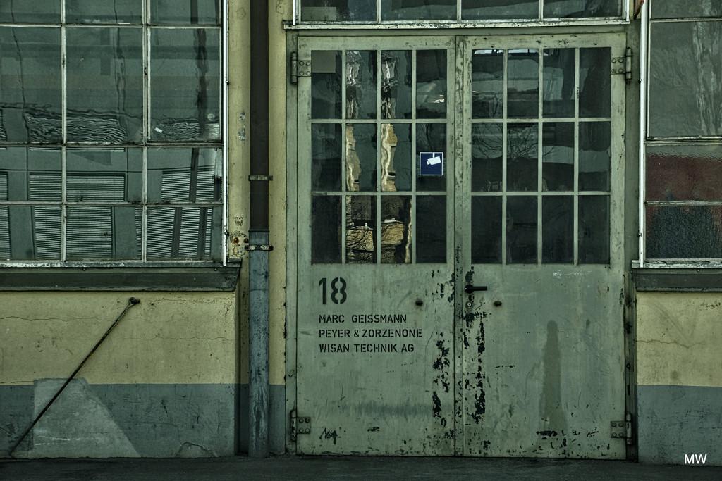 """2015-04-09 door """"18"""" by mona65"""