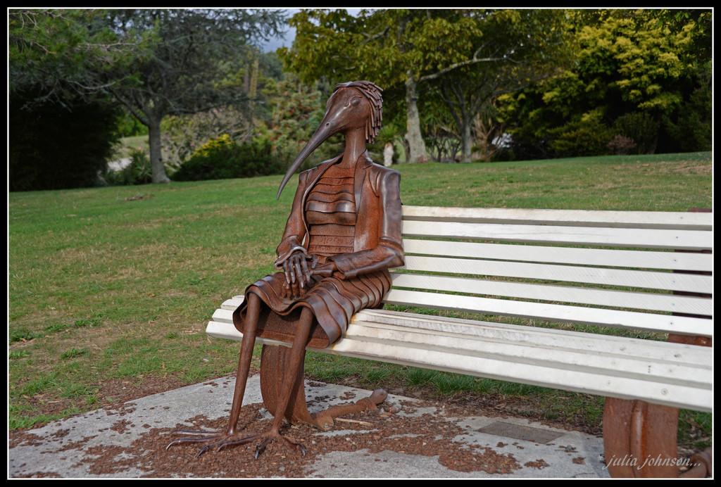 Mrs Kiwi Bird... by julzmaioro