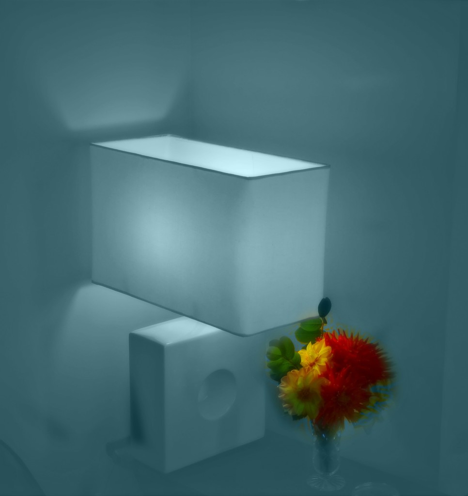 Nice Square shapes and Light by maggiemae
