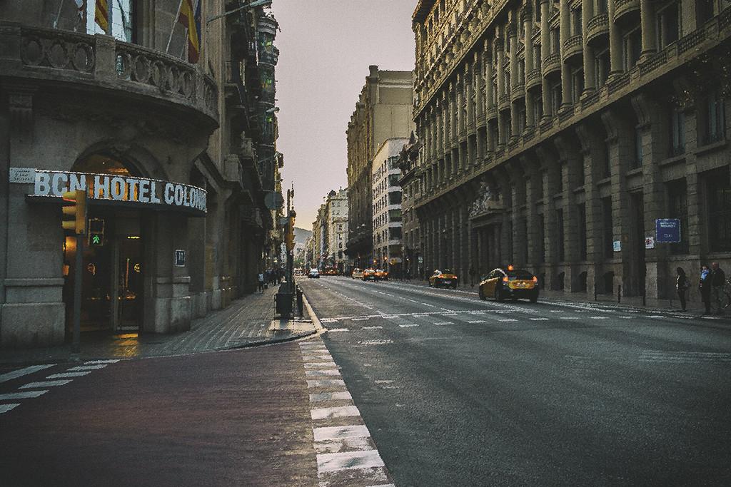 Via Laietana at dusk by jborrases