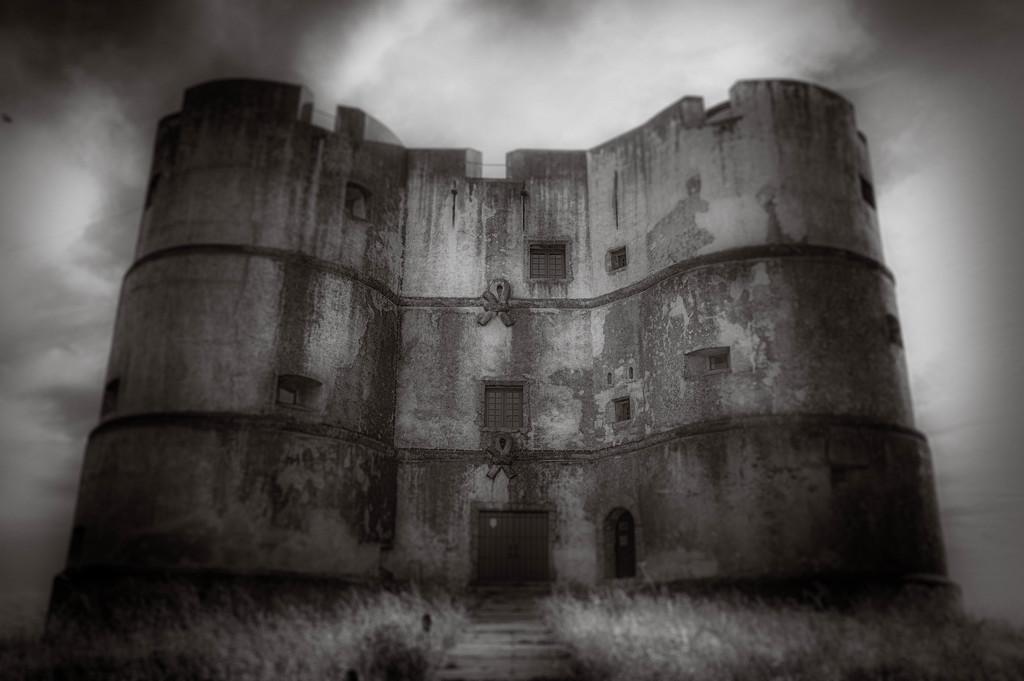 Castle of Evoramonte by overalvandaan
