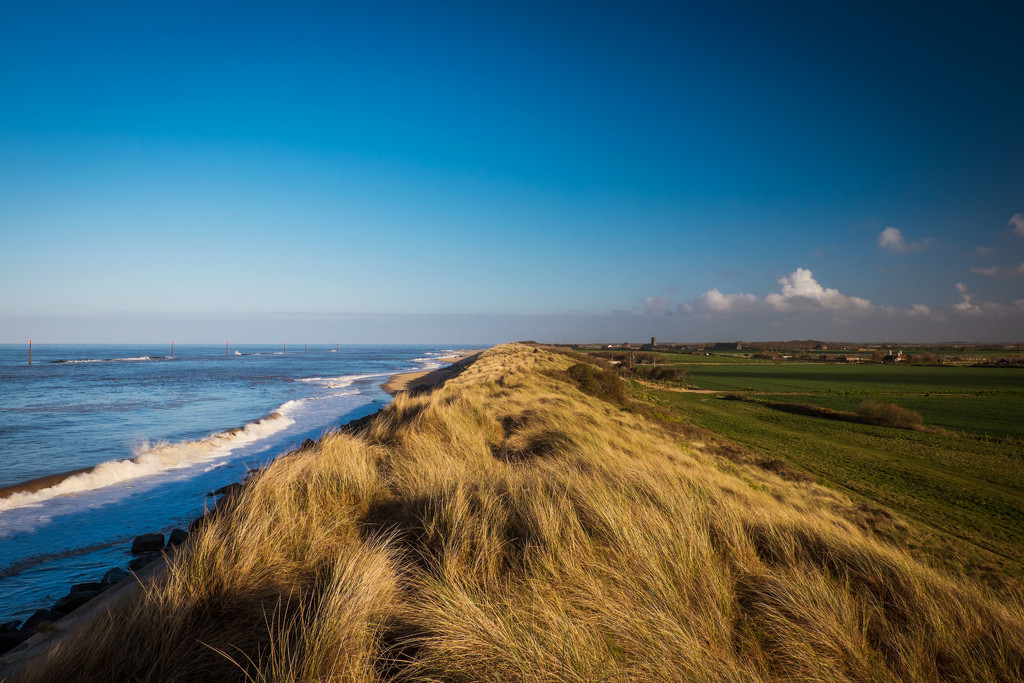 Day 109, Year 3 - Sun Shines On Sea Palling by stevecameras