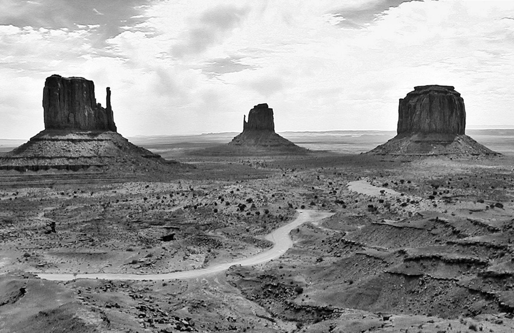 The Mittens and Merrick Butte in Mono by soboy5