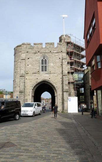 Westgate, Canterbury by g3xbm