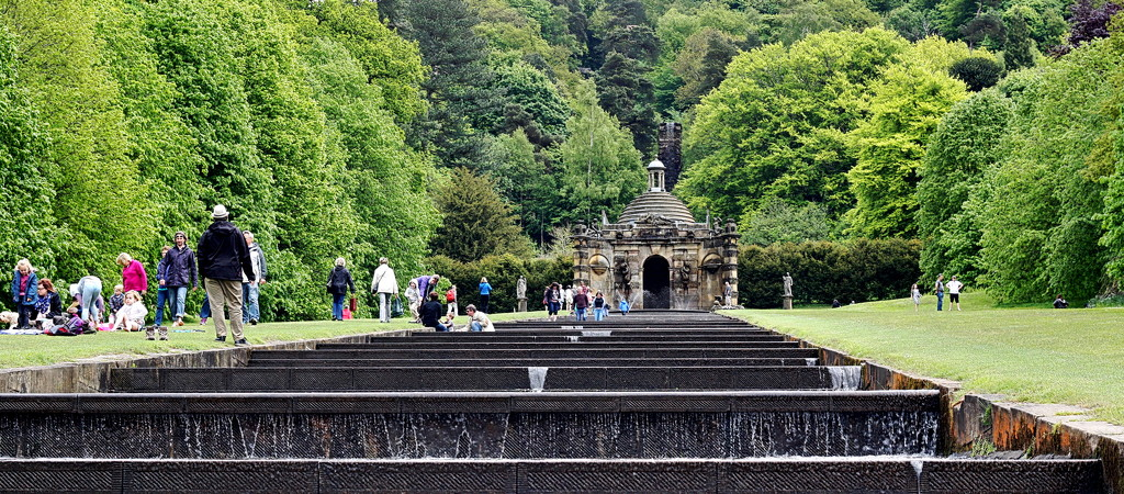 Chatsworth Cascades by phil_howcroft