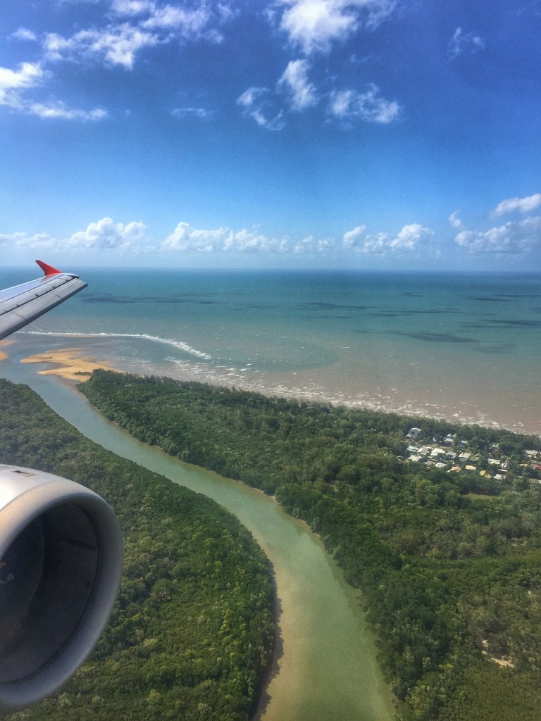 Arriving at Cairns. by teodw