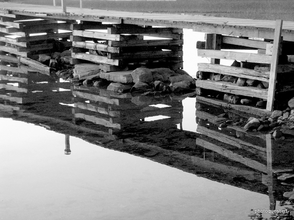 Dock Reflection by rrt