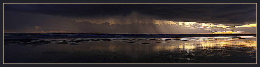 Rain at sunset by dide