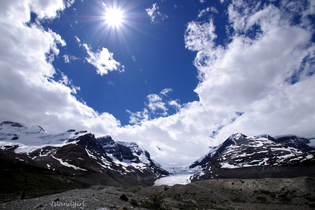 Sunburst on the Icefields   by radiogirl