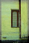 11th Jul 2015 - Mountaindale Farms Barn Window
