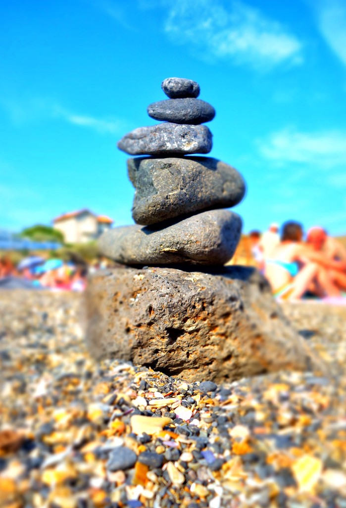 Beach totem by cocobella
