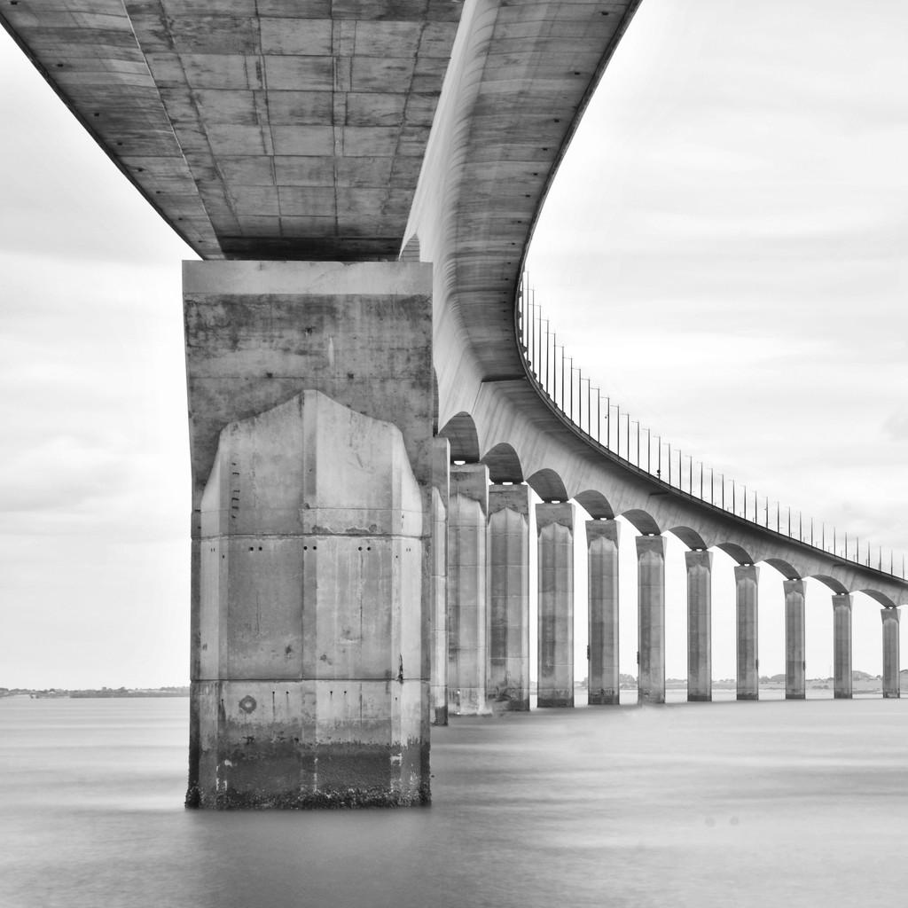 The Pont de Ré ~ 1 by seanoneill
