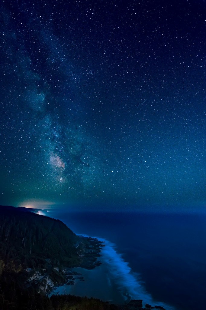 Portrait Milky Way from Cape Perpetua by jgpittenger