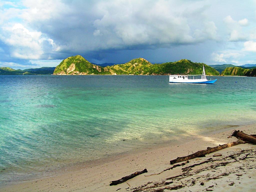 Bidadari Island by lily
