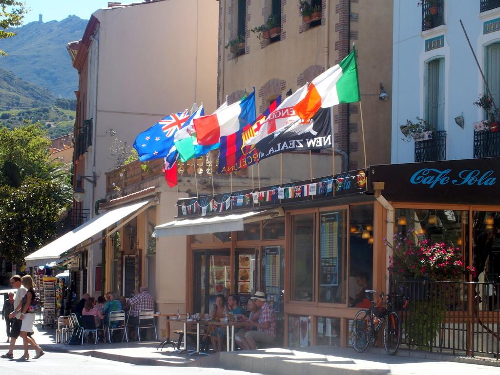 Café Sola, Collioure by laroque