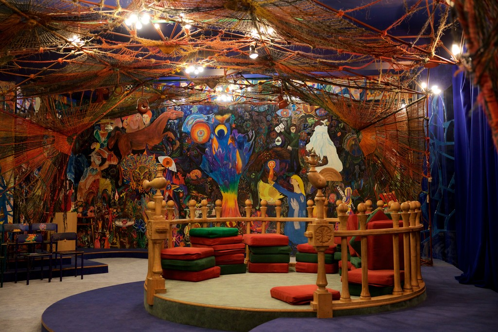 Fairy Tale Room of the Russian State Children's Library by jyokota