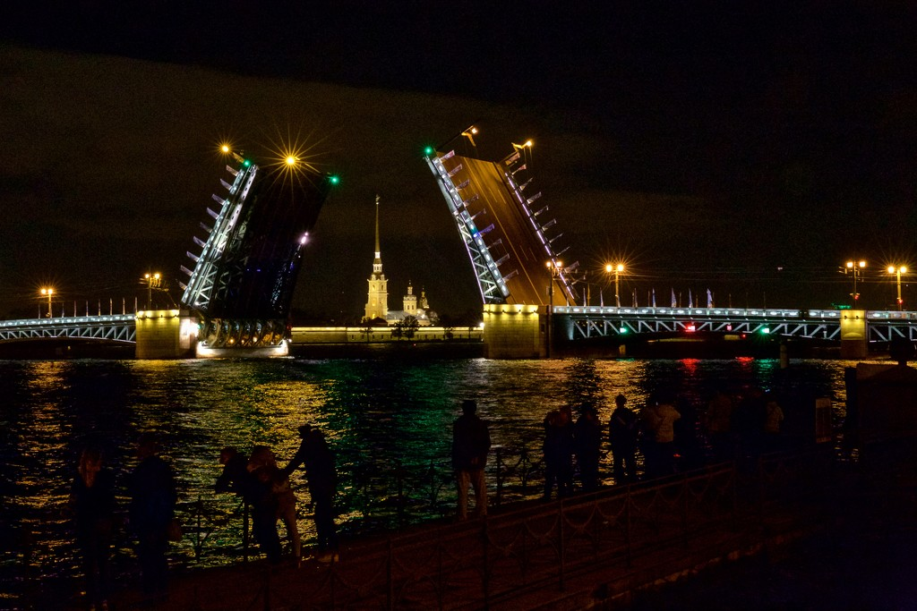 Palace Bridge with Cathedral of Peter and Paul by jyokota