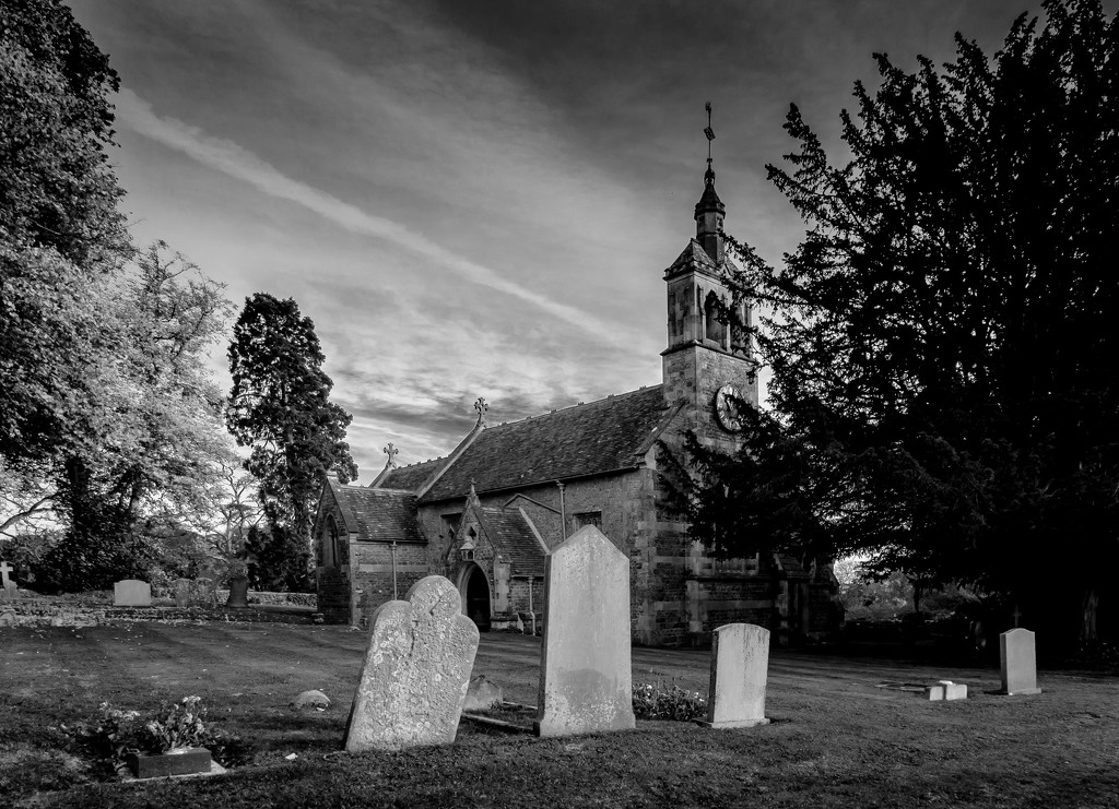 St. Andrew's Church & Graveyard, Blunsdon by vignouse