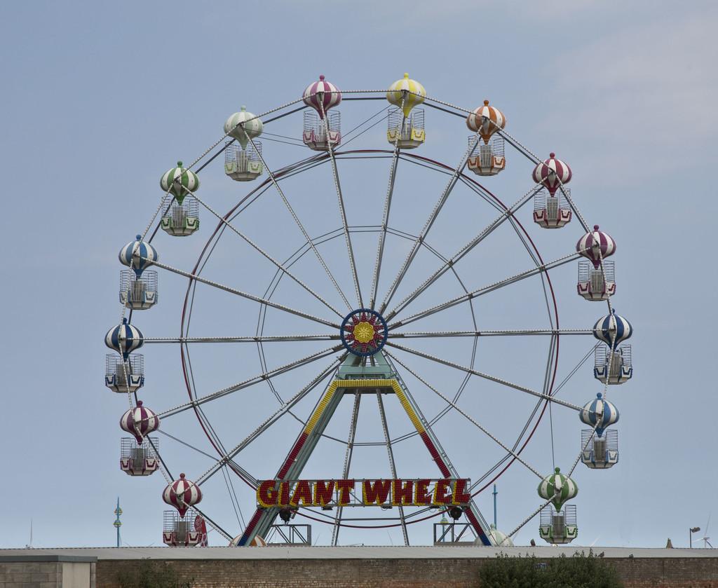 The Big Wheel.... by brickmaker