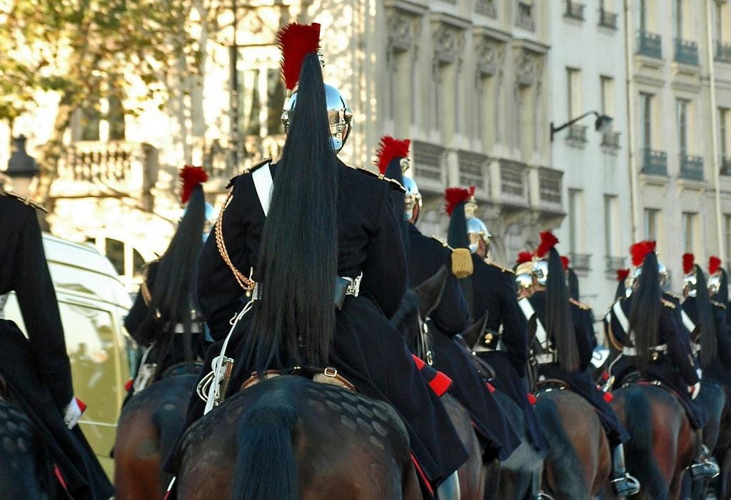 Garde republicaine by parisouailleurs