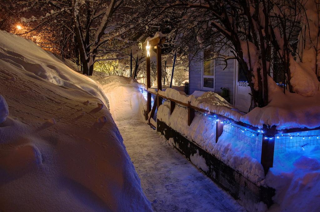 Lotsa Snow! by jawere