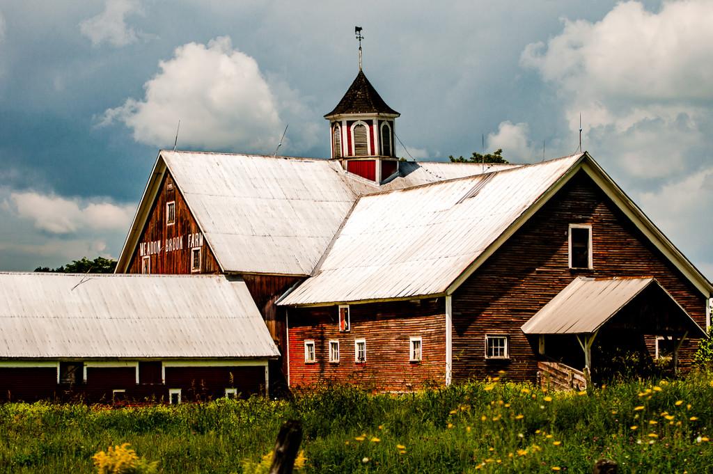 Vermont Barn by joansmor