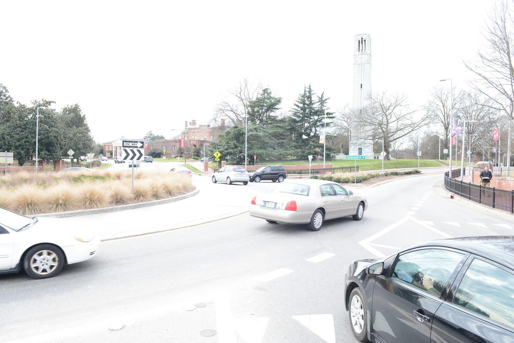 Traffic at Hillsborough Roundabout_SF by sfeldphotos