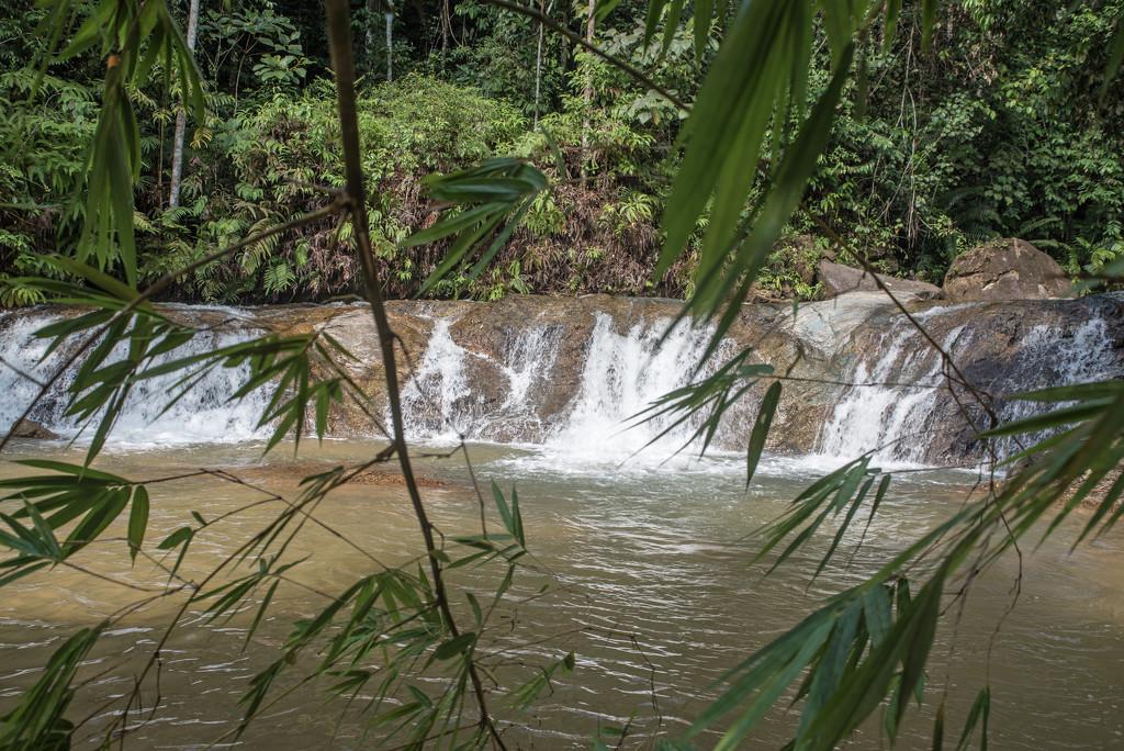 Selama. cascades by ianjb21