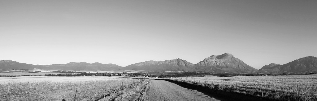 Tulbagh Valley  by salza