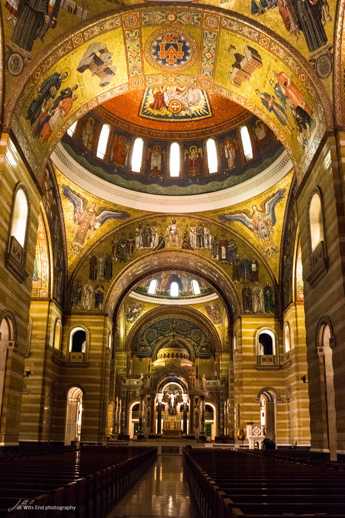 Basilica by jae_at_wits_end