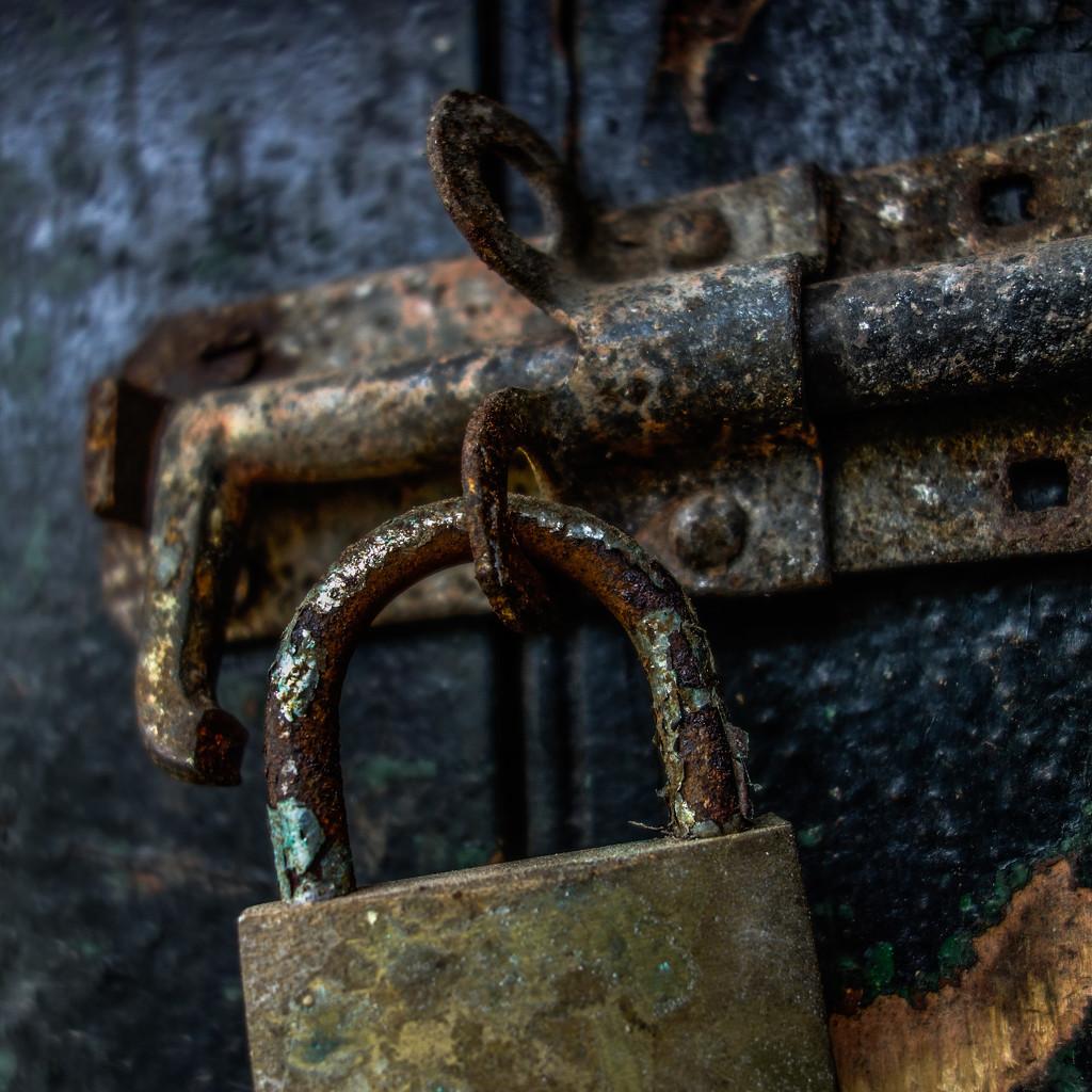Lock by overalvandaan