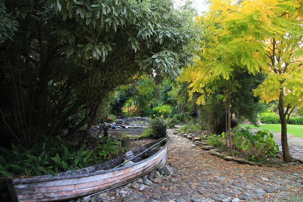 Autumn delight by kiwinanna
