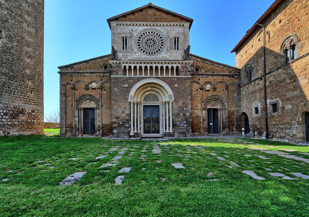 San Pietro in Tuscania by spectrum