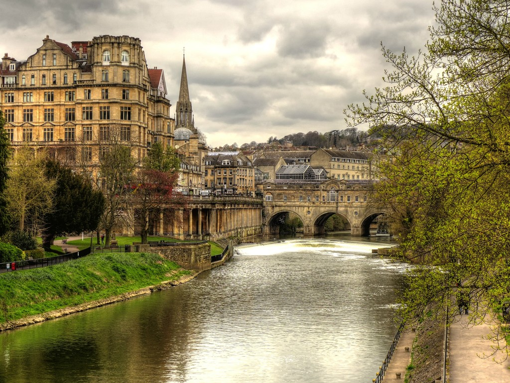 Looking towards the Weir in Bath by judithdeacon