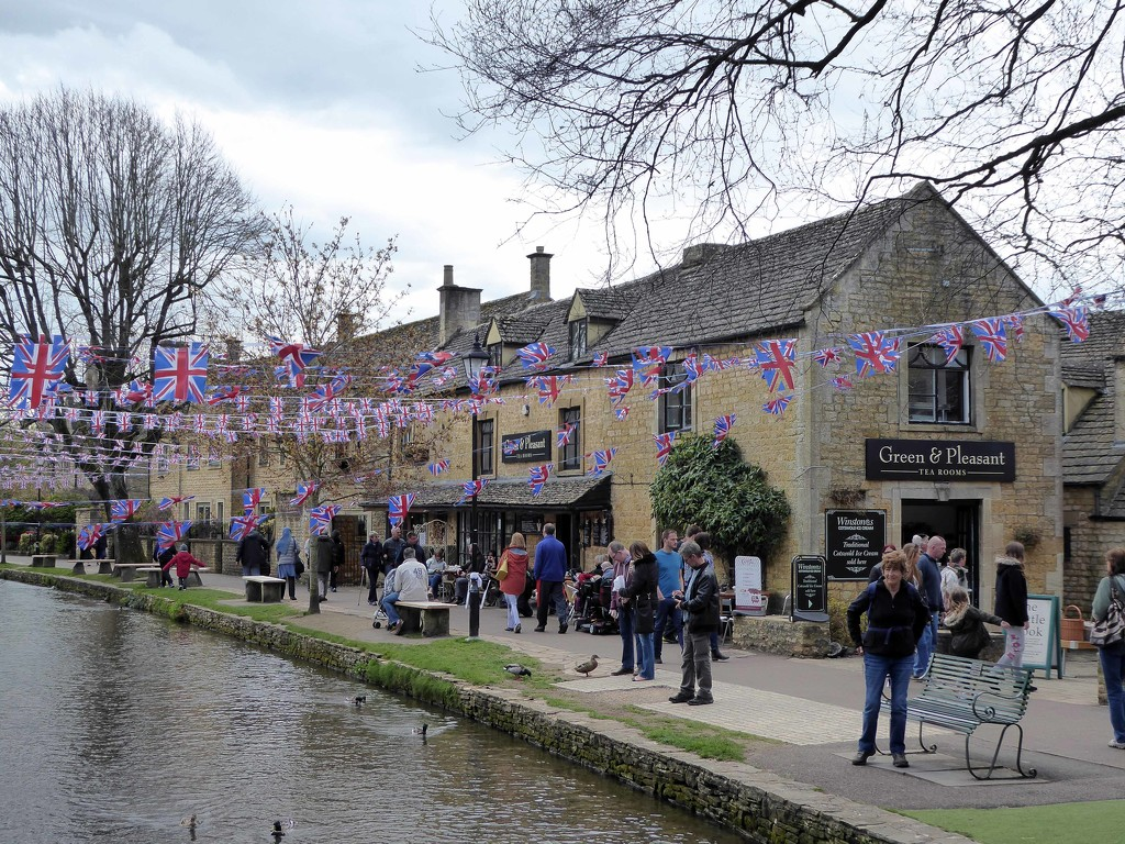 May Day Celebrations - Bourton on the Water by cmp
