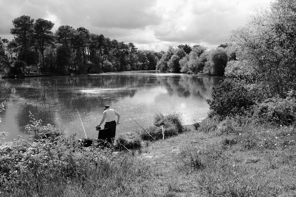 OCOLOY Day 131: Fishing at Trégu Lake by vignouse