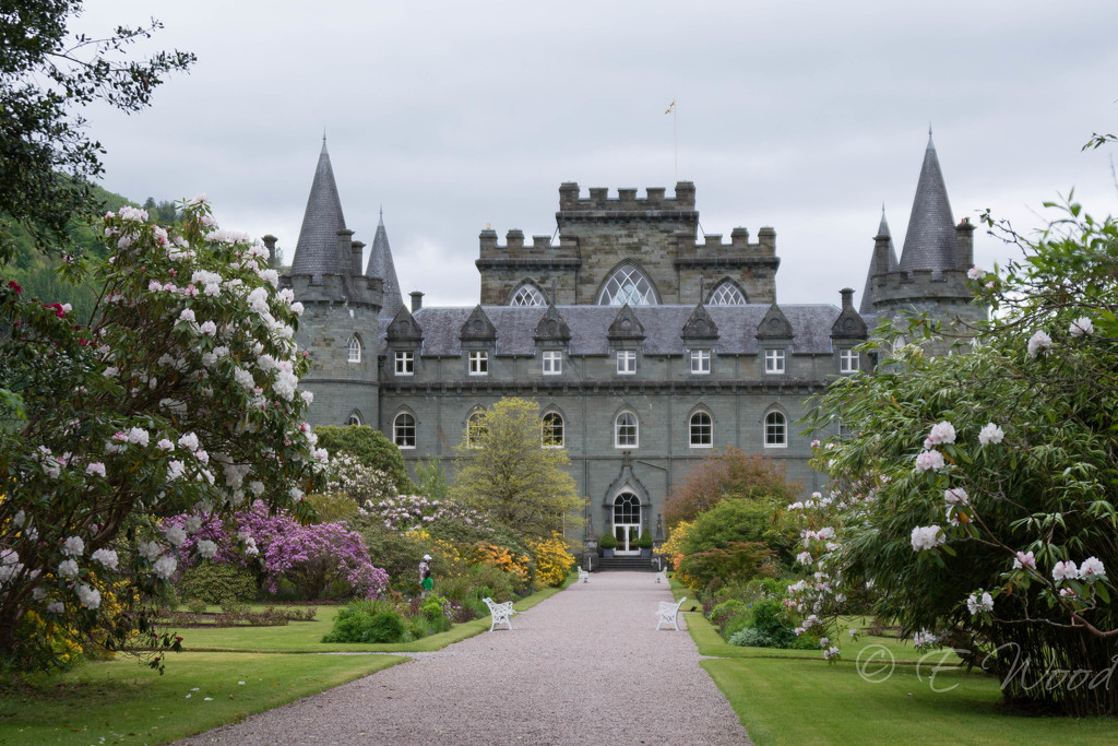 Inveraray Castle by eileenw