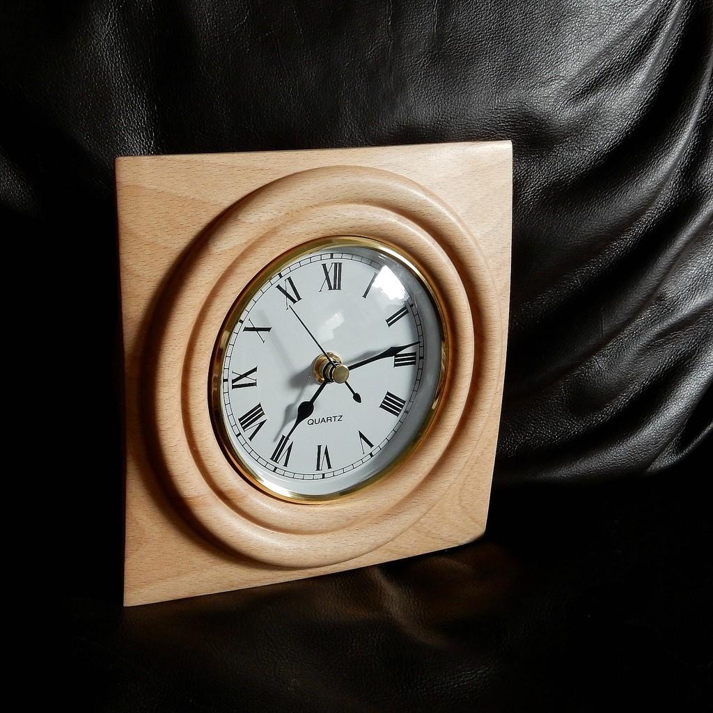 Square Clock by bulldog