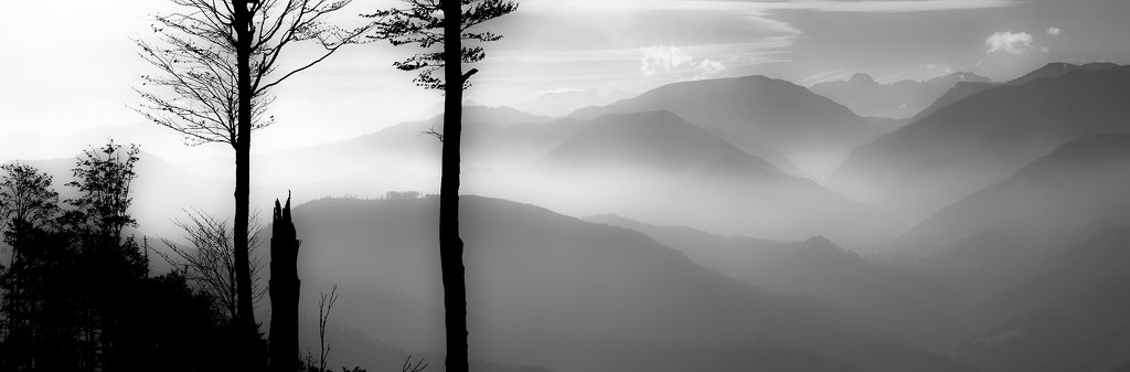 morning haze over the mountains by jerome
