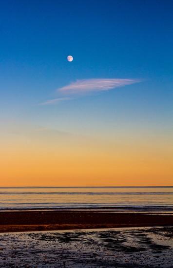 Sunset - Moonrise by swillinbillyflynn